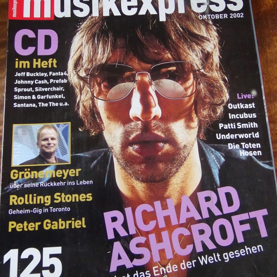 MUSIKEXPRESS_OCT2002